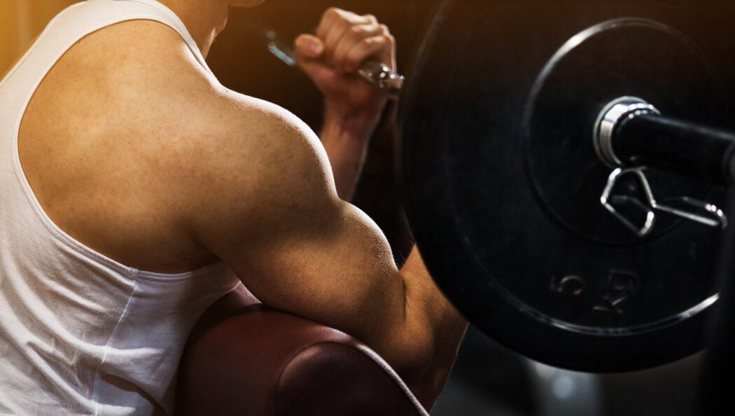 筋トレとはどんなトレーニング?得られる効果も詳しく解説!
